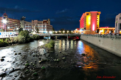 IMG_1893_Truckee_River_and_Center_Street_Bridge