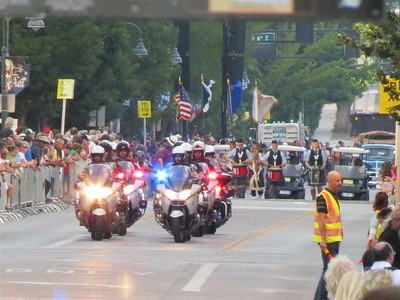 IMG_1501_Start_of_the_parade