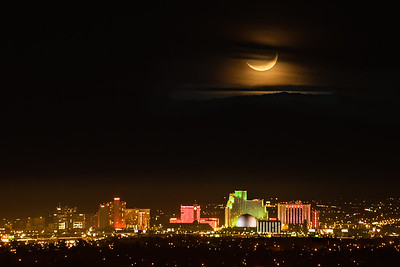 Winter Moonset over Reno 8280