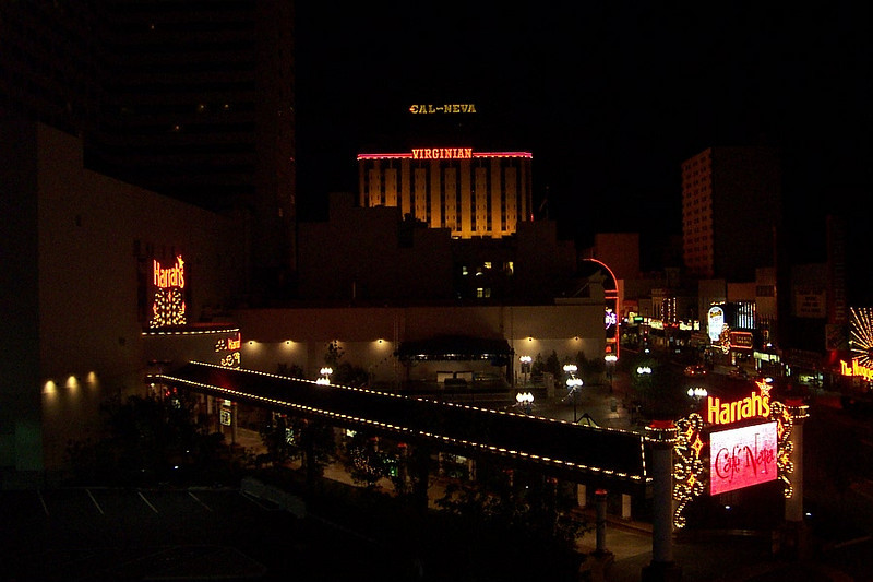 Here's a better shot of Harrah's entry plaza with the Virginian all lit up in the background.<br /> [Reno]
