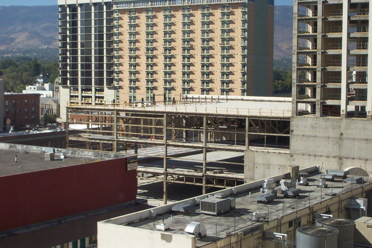 How sad! There's the shell of the Flamingo's casino and showroom, in front of the former Comstock.<br /> [Reno]