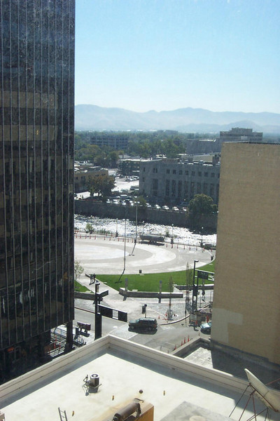 The circular plaza by the river is where the historic Mapes Hotel once stood.  I was so sad when they tore it down!<br /> [Reno]