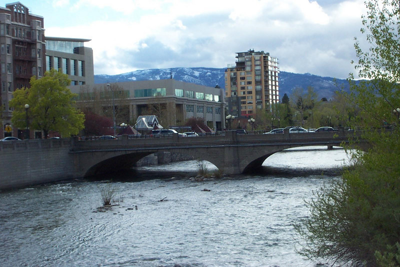 This is the original bridge across the river, about a block from the courthouse.  This is where the rich East-coast divorcees supposedly cast off their wedding rings back in the 1920s and 1930s.<br /> [Reno]