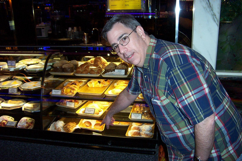 Dave found the doughnuts at the Peppermill's coffee stand!<br /> [Reno]