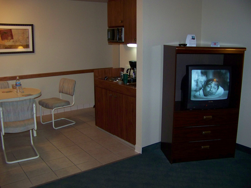 This was our suite's kitchenette (with Turner Classic Movies on the TV!).<br /> [On the road to Reno - Best Western Miner's Inn in Yreka, CA]