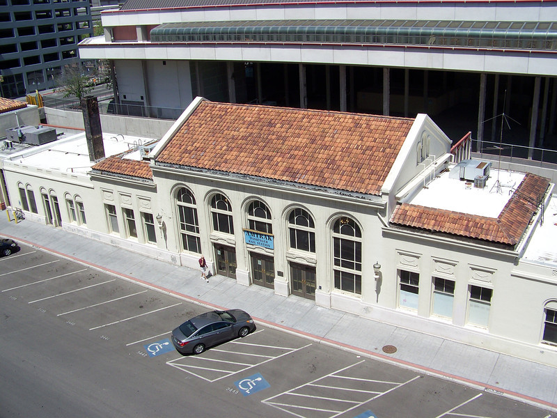 The Amtrak station is in the next block north of Harrah's.  I've never come to Reno by train.  I wonder how long that would take from Seattle?<br /> [Reno - shot from Harrah's parking garage]