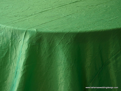 """Crushed Taffeta - Kelly Green Available Linens: 132"""" Round"""