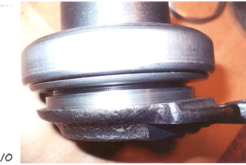 Pic. 10:  The inner race of the bearing and the lip of the turned ring line up.