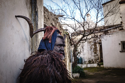 Lula (Nu) - febbraio 2018. Su Battileddu durante la processione nel paese di Lula.  Lula (Nu) - February 2018. Su Battileddu during the procession in the village of Lula.