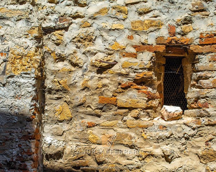 Castello di Serravalle - Valsamoggia - AC Factory laboratorio Reportage e Racconto fotografico - 04