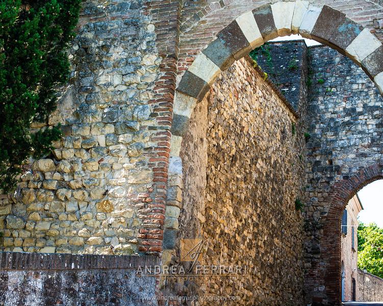 Castello di Serravalle - Valsamoggia - AC Factory laboratorio Reportage e Racconto fotografico - 01