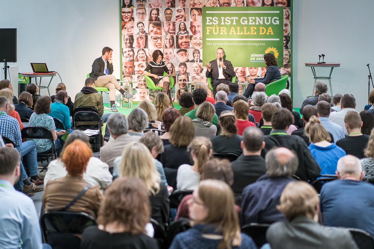 """Bettina Jarasch auf dem Gerechtigkeitskongress """"Es ist genug für alle da"""" von Bündnis 90 Die Grünen, FORUM Factory, Berlin, 17. Juni 2016"""