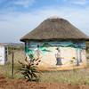 mit Gras gedeckte Hütte, Mkuze, KwaZulu Natal, Südafrika, South Africa