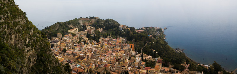 Eight--shot stitch of Taormina, Sicily