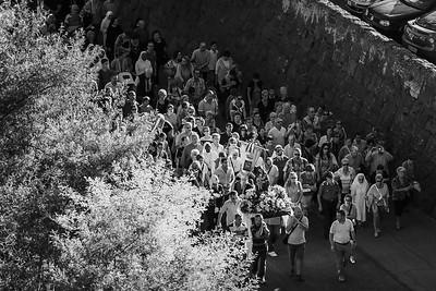 passaggio della processione sotto Borgo di Ceri