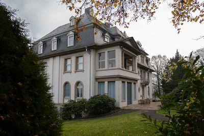 Haus Friedwart wurde zwischen 1914 und 1917 für Ernst Leitz II (1871-1956), den Wegbereiter der Leica, gebaut.