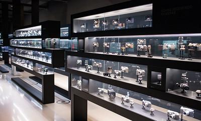 Umfassende Ausstellung der historischen Leica Kameras und Leica Objektiven im Leitz-Park.