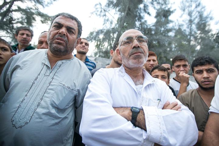 PHOTO OLIVIER PONTBRIAND LA PRESSE. -  GAZA  - 15 Juillet 2014<br /> Dans cette Photo: Fouad ali elBorch regarde les decombres de sa maison qui a ete detruite la veille.  personne n,a ete blesse. Apres huit jours de combat entre israel et le hamas  -30-  reference # 690868 Section: General<br /> <br /> <br /> PHOTO OLIVIER PONTBRIAND LA PRESSE.  - Gaza strip - July 15 2014.<br /> In this Picture: Fouad ali elBorch stands in front of his destroyed house. After eight days of combat between hamas and israel.