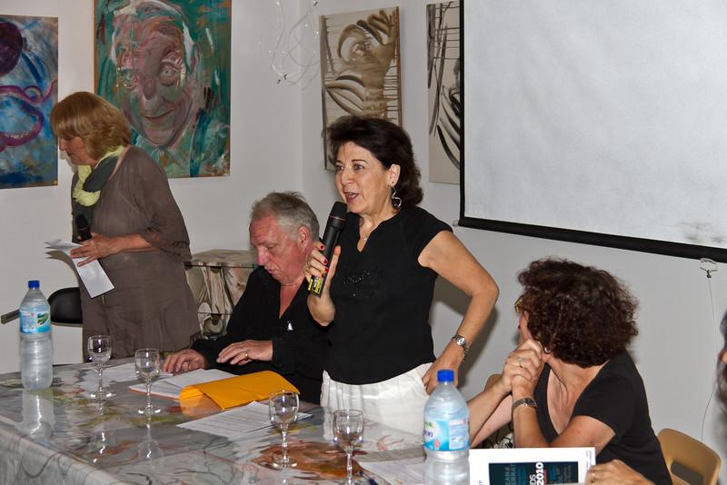Le gaz de schiste et l'eau, notre bien commun. Débat à la médiathèque de Belvézet (Gard)