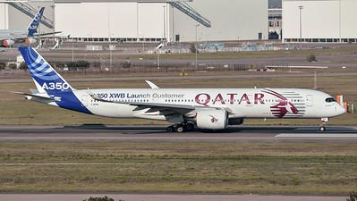Airbus Industries / Airbus A350-941 / F-WZNW / A350 XWB Launch Customer  Qatar Livery