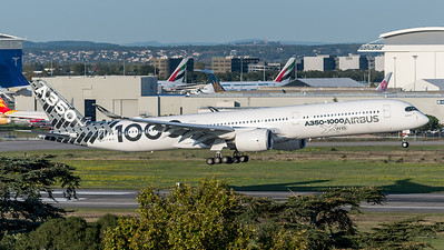 Airbus Industries / Airbus A350-1041 / F-WLXV