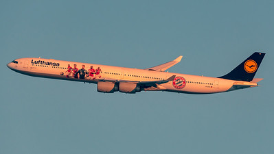 Lufthansa / Airbus A340-642 / D-AIHK / FC Bayern Livery