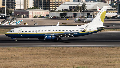 Miami Air International / Boeing B737-8Q8 / N739MA