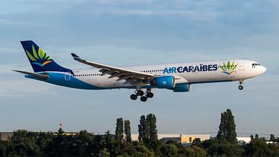Air Caraibes / Airbus A330-323 / F-OONE