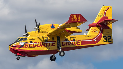 Securite Civile / Canadair CL-415 / F-ZBFS 32