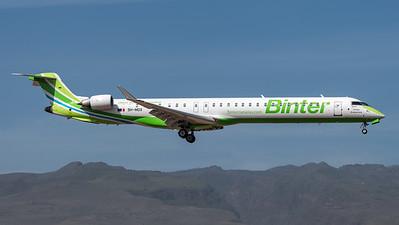 Binter Canarias / Canadair CRJ-1000 / 9H-MOX