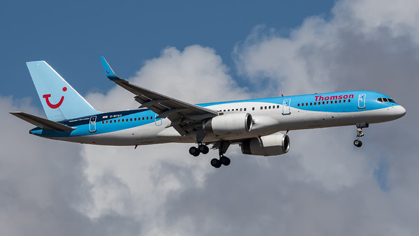Thomson / Boeing B757-204(WL) / G-BYAY