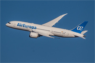 AirEuropa / Boeing B787-8 / EC-MOM