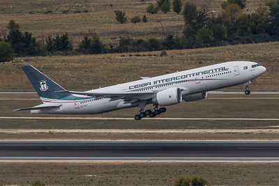 Ceiba Intercontinental / Boeing B777-2FB(LR) / CS-TQX