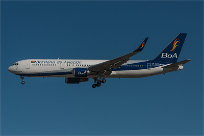 Boliviana / Boeing B767-328(ER) / CP-3017
