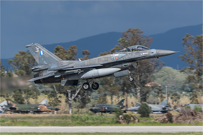 HAF 337 Mira / Lockheed Martin F-16C-52 Fighting Falcon / 530