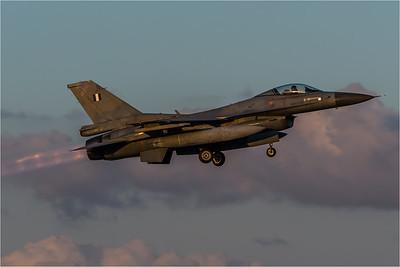 HAF 330 Mira / Lockheed Martin F-16C-30 Fighting Falcon / 138