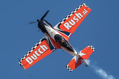 Private / Sukhoi Su-26MX / PH-SMX / Dutch Rush Livery