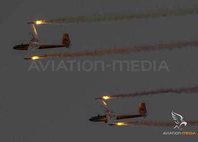 Private / Blanik L-13 / OE-0758 & OE-5733 / Red Bull Livery