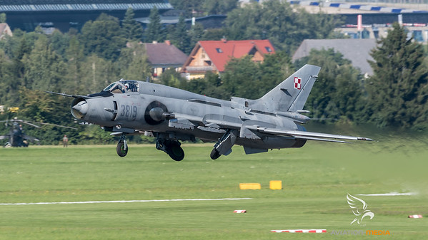 Polish Air Force 40th Squadron / Sukhoi Su-22M4 / 3819