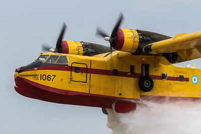 Hellenic Air Force / Canadair CL-215 / 1067