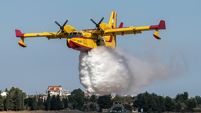 Hellenic Air Force / Canadair CL-415 / 2047