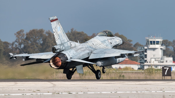 HAF 341 Mira / Lockheed Martin F-16C-50 Fighting Falcon / 052