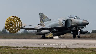 HAF 338 Mira / McDonnell Douglas F-4E AUP Phantom II / 01505 / 1974-2014 Livery