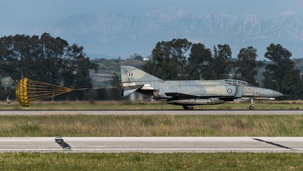 HAF 338 Mira / McDonnell Douglas F-4E AUP Phantom II / 01618
