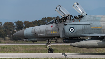 HAF 338 Mira / McDonnell Douglas F-4E AUP Phantom II / 01525