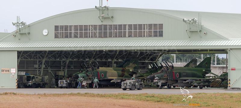 JASDF 501 Hikotai / McDonnell Douglas RF-4EJ Phantom II, RF-4E Phantom II / 77-6397, 47-6903 & 47-6909 & 47-6901