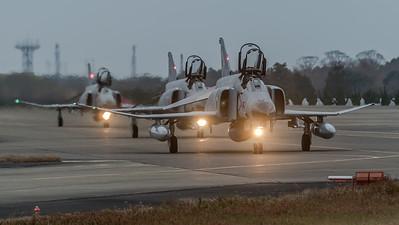 JASDF 301 Hikotai / McDonnell Douglas F-4J Phantom II / 57-8367 & 57-8369 & 07-8436