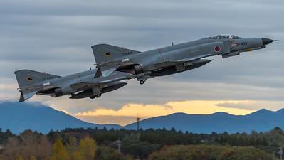 JASDF 301 Hikotai / McDonnell Douglas F-4J Phantom II / 17-8439 & 07-8434