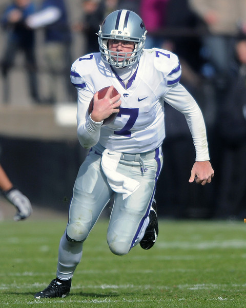 Kansas State University quarterback Collin Klein (7) runs with the ball in the second quarter of a game against Colorado on Saturday, Nov. 20, 2010 at Folsom Field in Boulder.