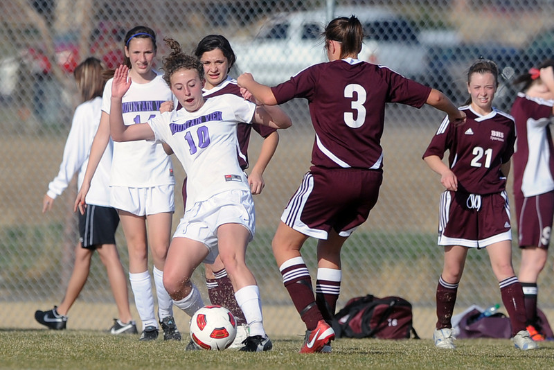 Mountain View High School's MaKenzie Ross (10) turns upfield in the second half of a game against Berthoud on Wednesday, March 28, 2012 at MVHS.